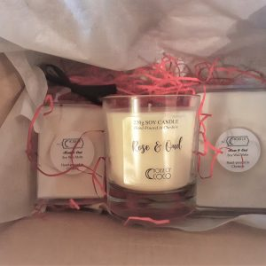 Candle & Wax Melt Valentines Gift Set
